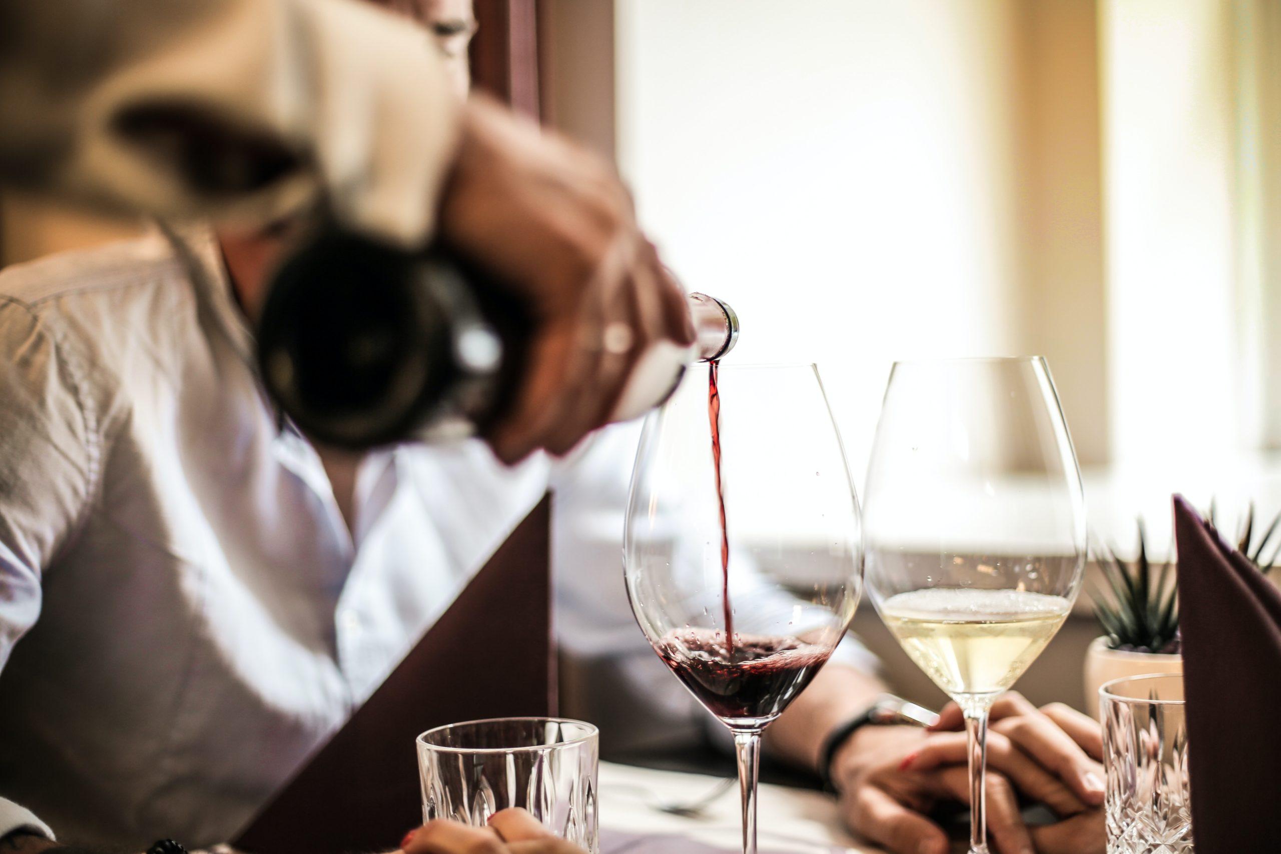 Há Vinhos Que Fazem Melhor à Saúde? Como Devo Consumir?